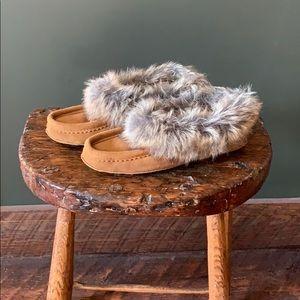SoftMoc slippers